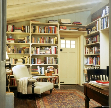 english-cottage-kate-winslet-cameron-diaz-library-office.jpg