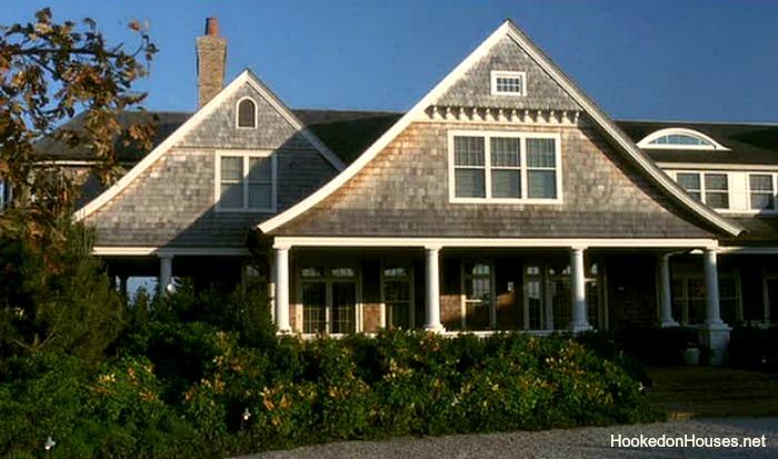 Somethings-Gotta-Give-Hamptons-house-lg