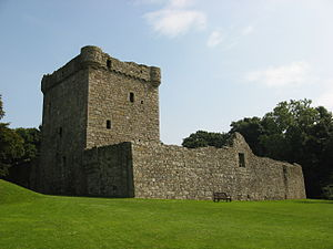 300px-Lochleven_west_wall