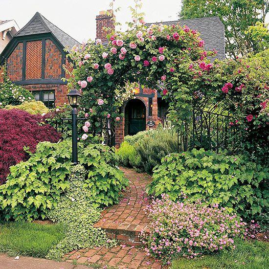 61326197907c470e6e353f539a02d6f8 English Cottage Gardens English