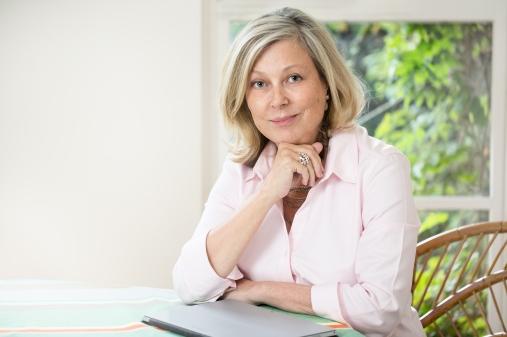 Jane Robins Author Portrait credit Mat Smith