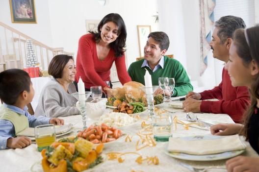 family-dinner_small1.jpg