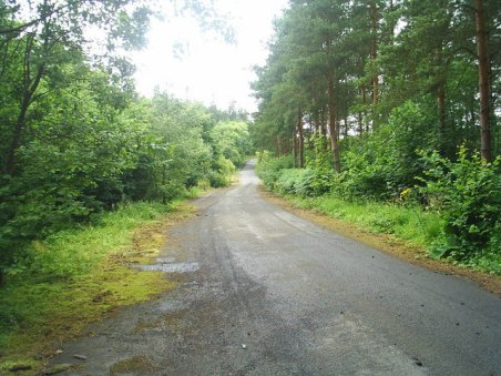 Abandoned_Road_-_geograph.org.uk_-_1122045